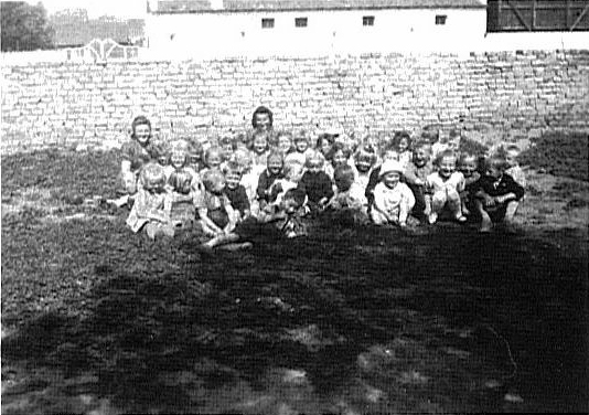 Molidorf Kindergarden with Elisabeth Bohn & Barbara Schummer<br> Click to Enlarge